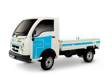 Tata presenta dos modelos para el nuevo Proyecto Movele