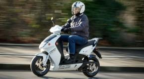Precauciones al viajar en moto